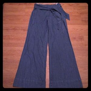 Forever 21 high waisted flare bottom jeans S